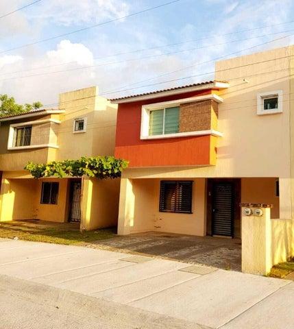 650 Maria Montessori, Casa La Joya, Puerto Vallarta, JA