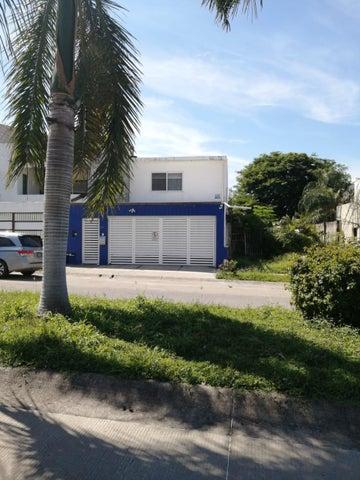 232 Carlos Jogitud Barrios, Casa Quintanar, Puerto Vallarta, JA