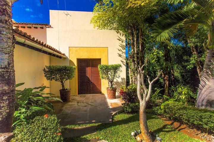 430 Sierra Escondida, Villa Escondida