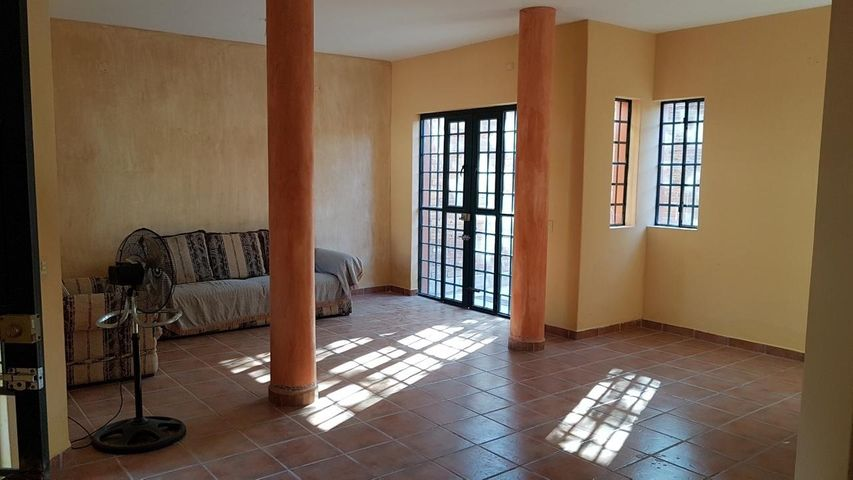 159 Puerto Santa Rosalia, Casa Basilia