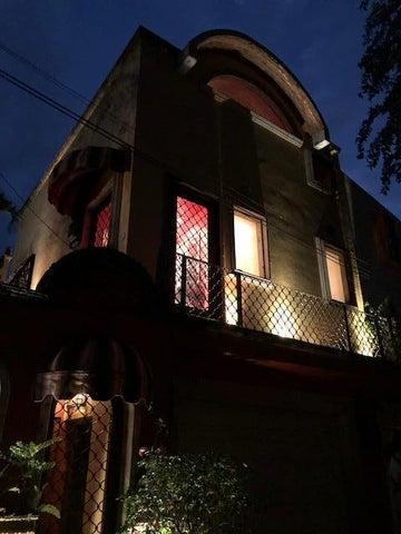 127 Callejon De La Igualdad, Villa Sevilla