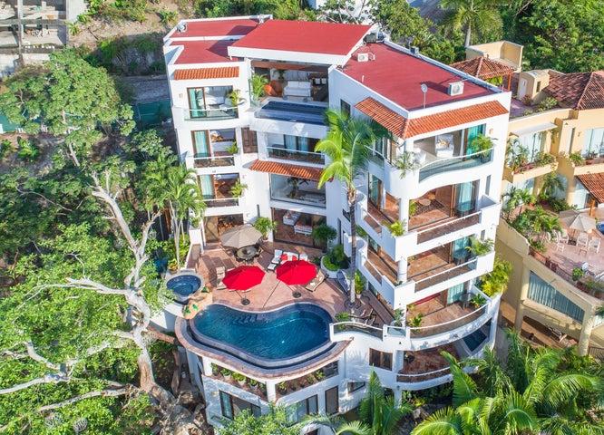 107 Paseo De Las Conchas Chinas, Boutique Hotel Villa Divina