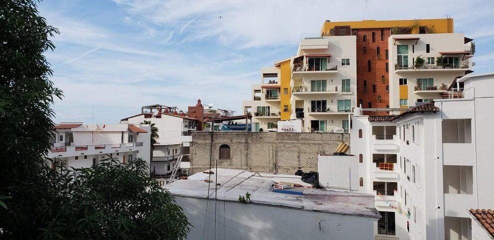 50 Calle Cafeto 7, El Almendro 4