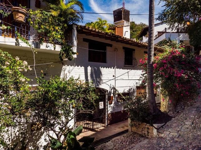 433 Calle Corona, Casa Loma