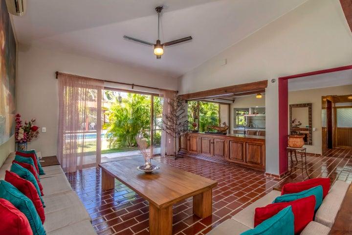 61 Jacarandas, Casa Borsan