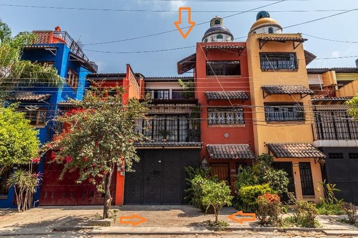 416 Manuel Avila Camacho, Casa Isma