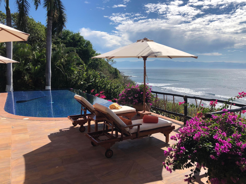 6 Paradise Coves, Villa Encantada