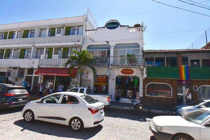 334 Lazaro Cardenas 10, Old Town Building