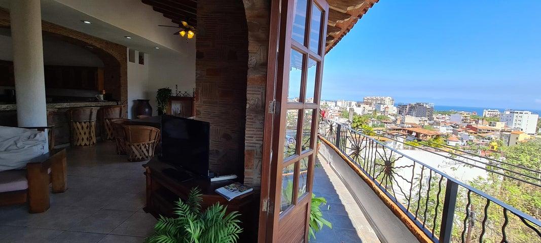 520 Basilio Badillo Olas Altas 1, Edificio Badillo