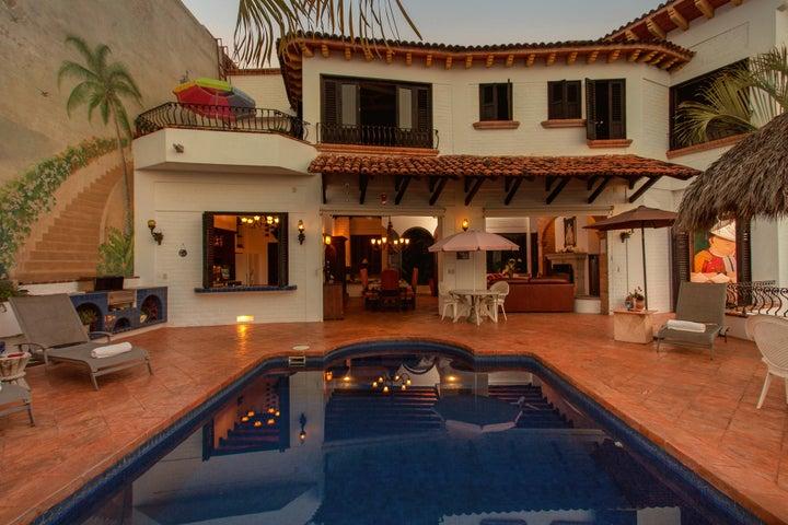 171 Calle Hortensias, Casa Del Angel
