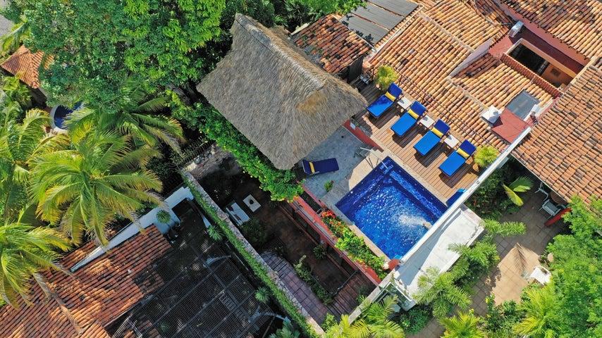 199 Pulpito, Villa Lola