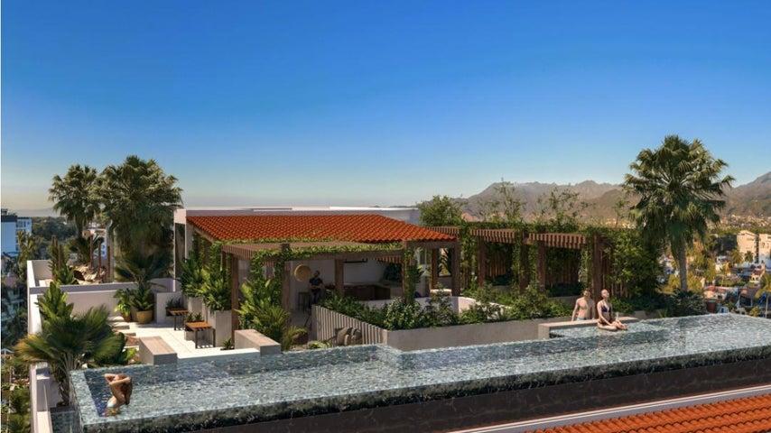 319 Palm Springs 704, Grand Trianon
