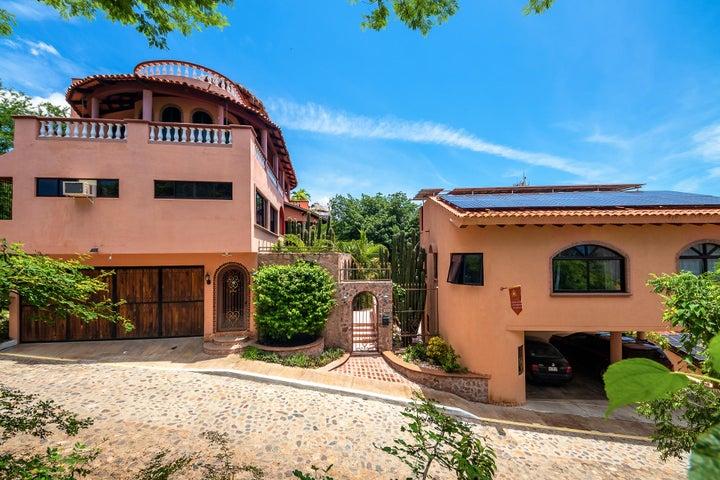 14 Cordilleras, Villa Vista Royal
