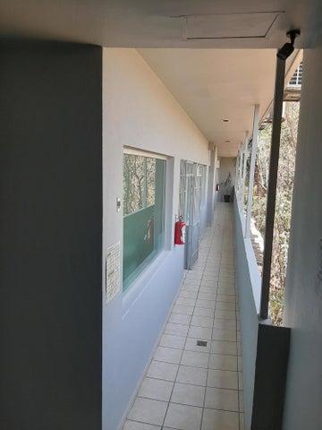 2600-b Fco. Medina Ascencio 2600b, Edificio Vista El Estero