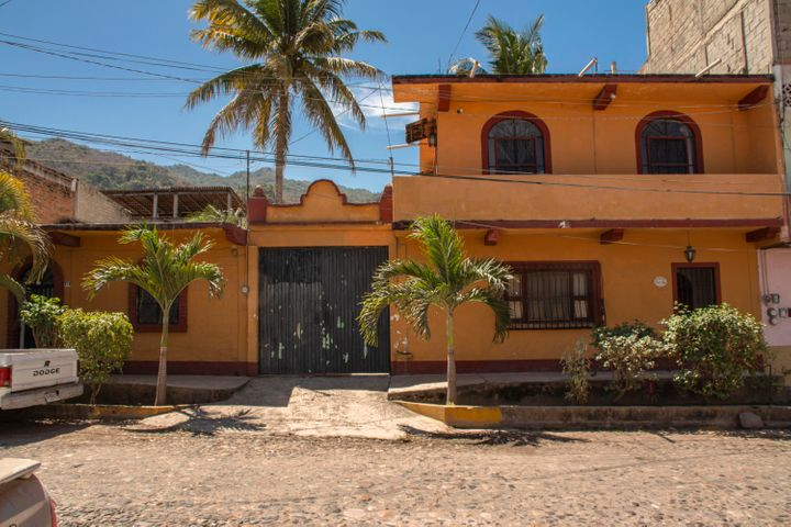 312 Rio Grande, Casa Rio Grande