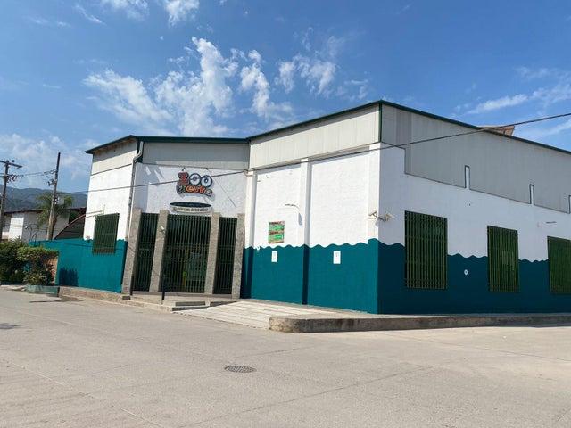 365 Calle Playa Grande 1, Zoofiesta