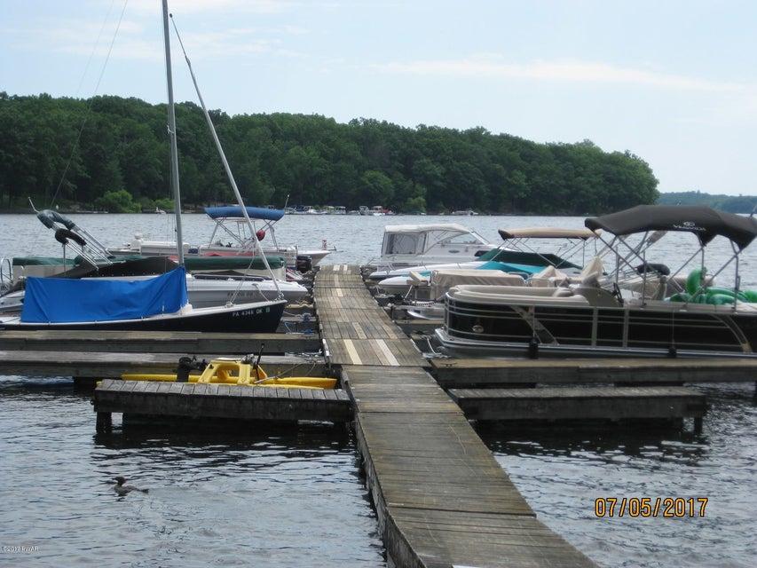 115 Cove Point Cir Lakeville, PA 18438 - MLS #: 17-2995