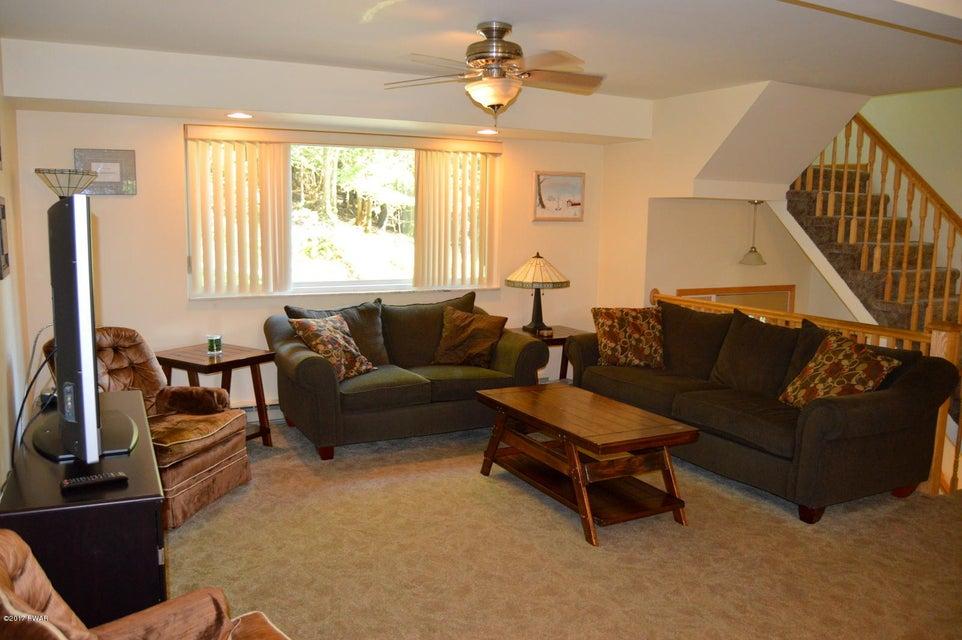 166 Laurel Ln Greentown, PA 18426 - MLS #: 17-3632