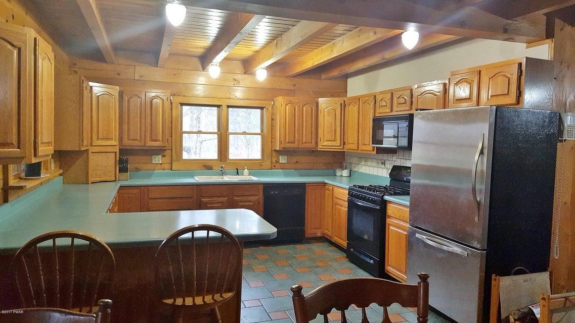 285 Beechnut Rd Honesdale, PA 18431 - MLS #: 17-5122