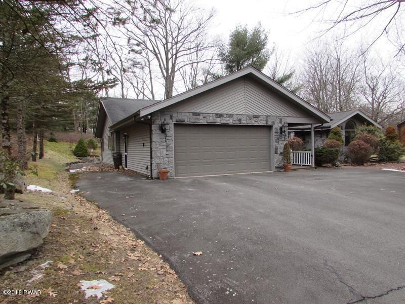 324 Maple Ridge Dr Lords Valley, PA 18428 - MLS #: 18-406