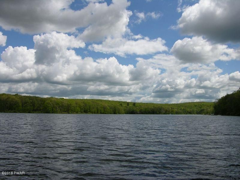 409 Forest Dr Lords Valley, PA 18428 - MLS #: 18-523