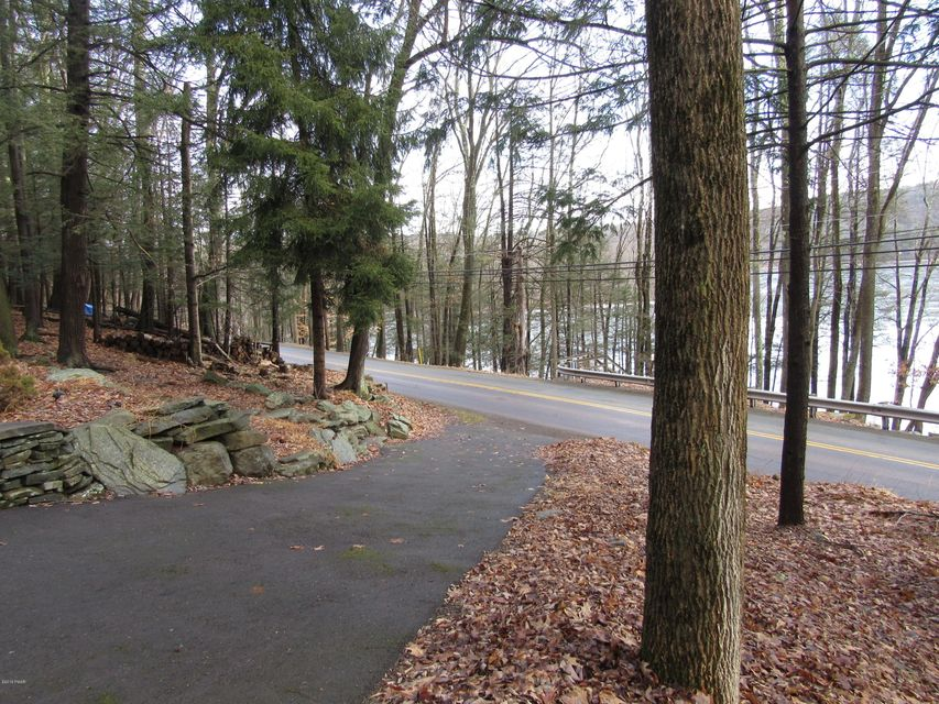 977 Ledgedale Rd Lake Ariel, PA 18436 - MLS #: 18-569