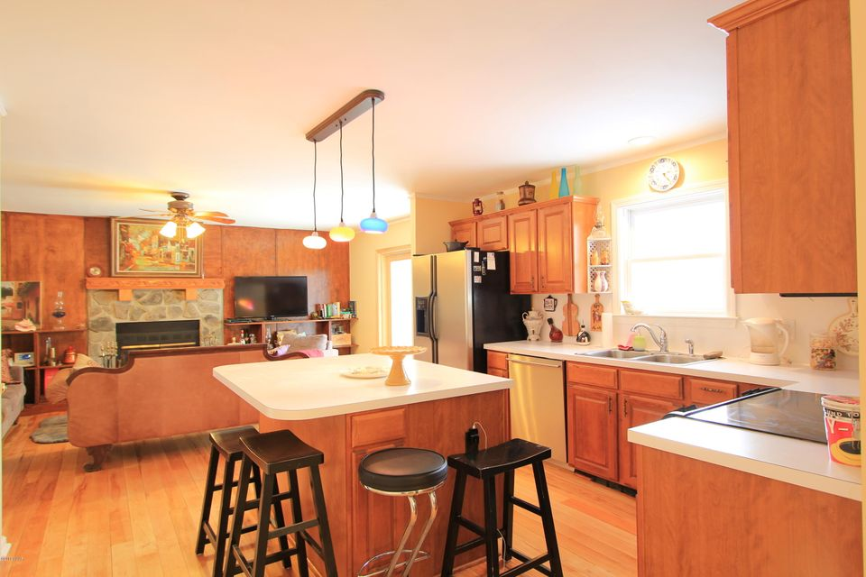 248 W Lakeview Rd Lackawaxen, PA 18435 - MLS #: 18-842