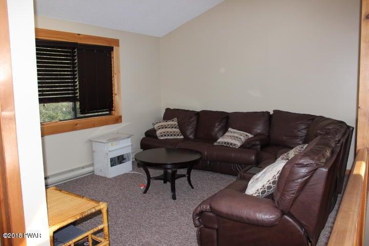 372 Renwood Ct Lake Ariel, PA 18436 - MLS #: 18-864