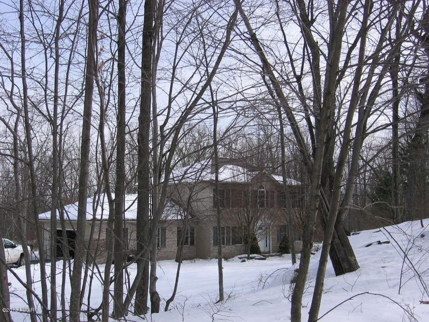 1035 Bear Creek Ct Hawley, PA 18428 - MLS #: 17-4683