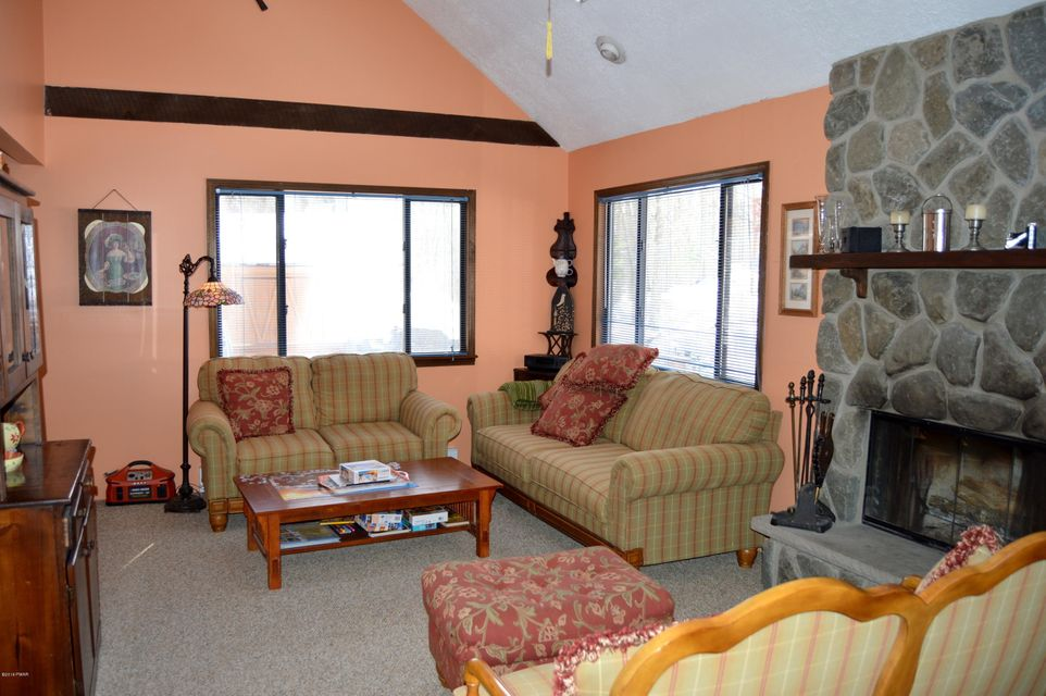 172 Lower Lakeview Dr Hawley, PA 18428 - MLS #: 18-999