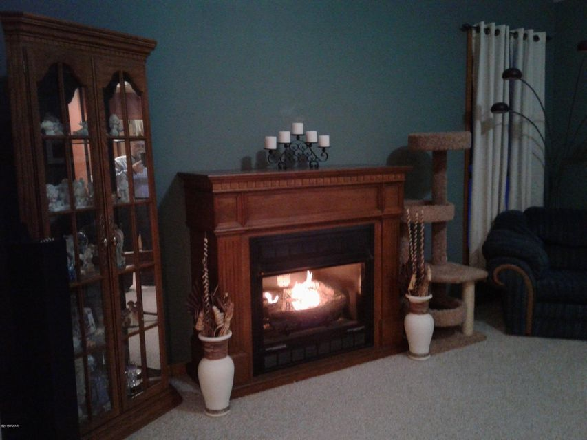 74 Ruffed Grouse Dr Lakeville, PA 18438 - MLS #: 18-1044