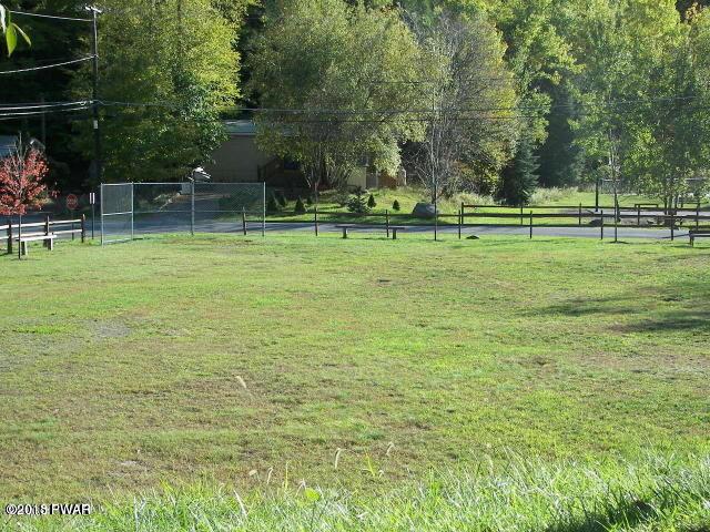 108 Ginger Snap Dr Greentown, PA 18426 - MLS #: 18-1355
