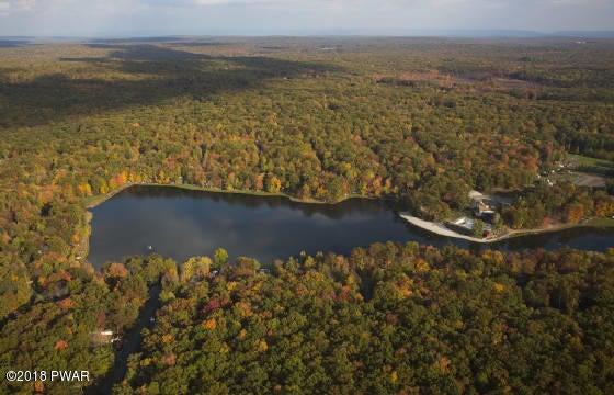 351 FOREST GLEN Dr Milford, PA 18337 - MLS #: 13-5666