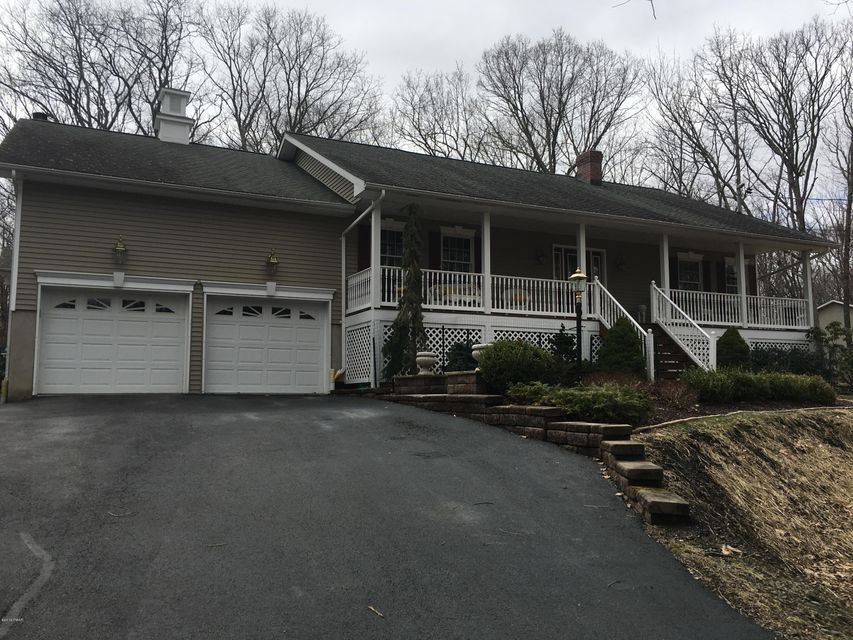 179 Philwood Ln Milford, PA 18337 - MLS #: 18-951