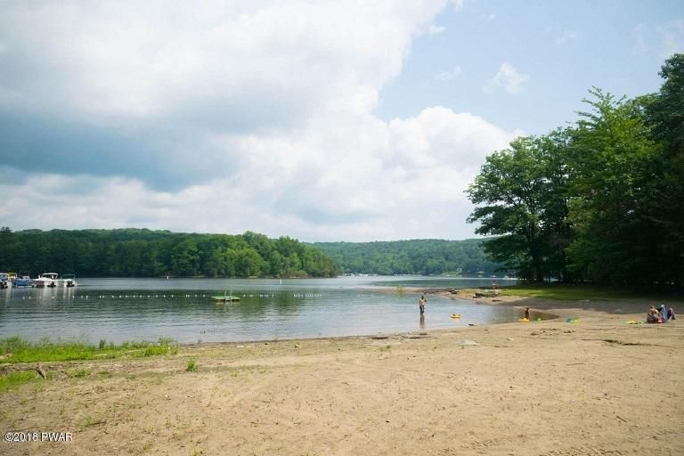 15 Beech Circle Lake Ariel, PA 18436 - MLS #: 18-445