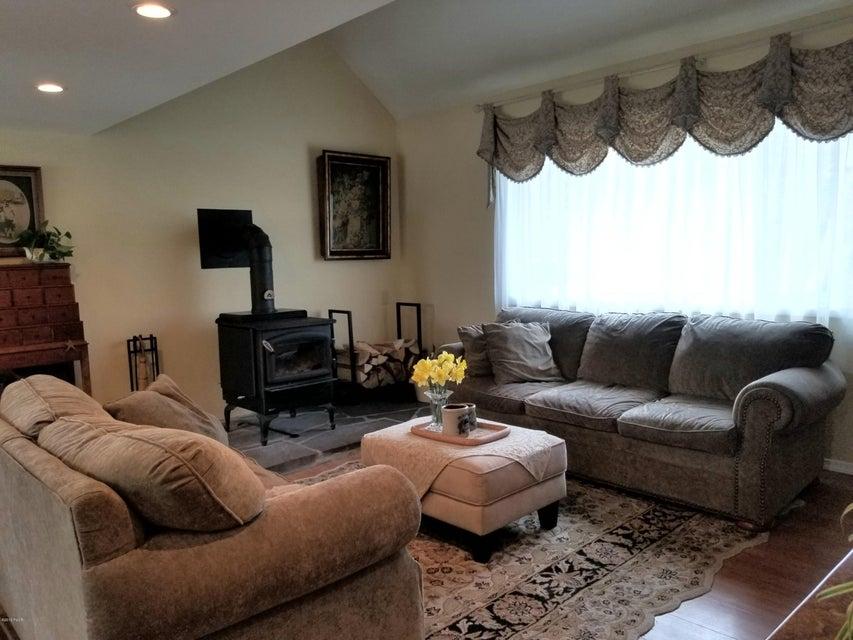 864 Twin Lakes Rd Shohola, PA 18458 - MLS #: 18-1799