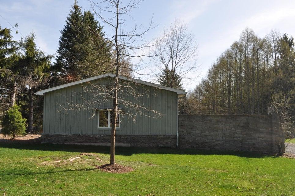 334 Stock Farm Rd Lake Ariel, PA 18436 - MLS #: 18-1928