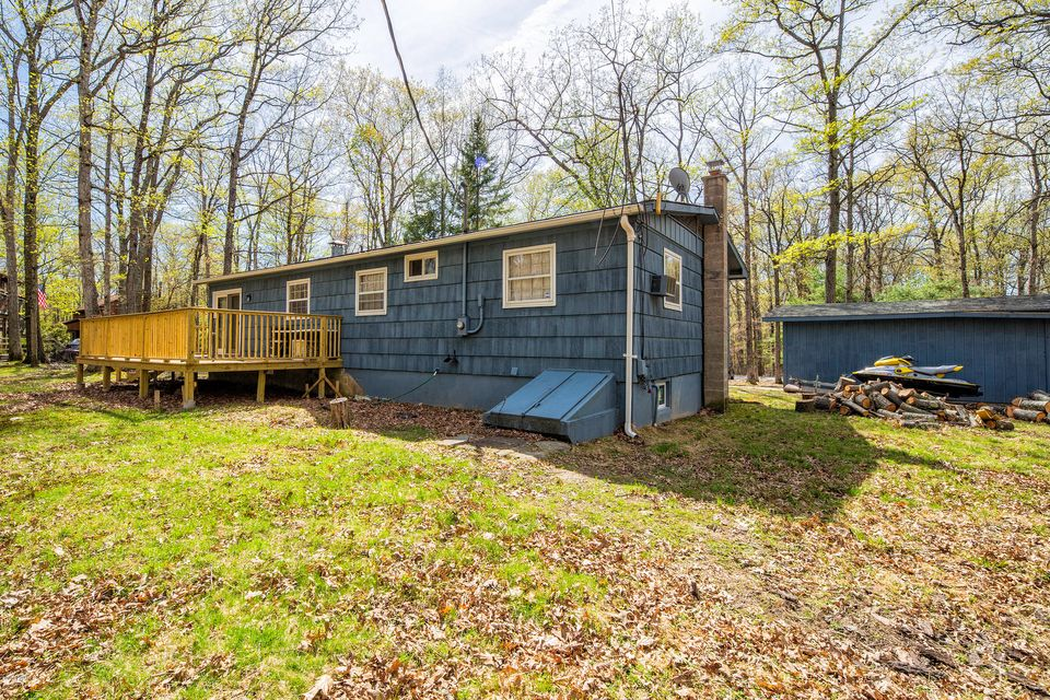159 Cottonwood Dr Hawley, PA 18428 - MLS #: 18-2002