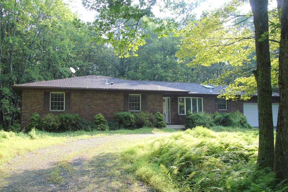 50 Deer Run, Hawley, PA 18428 US Wayne County Home for