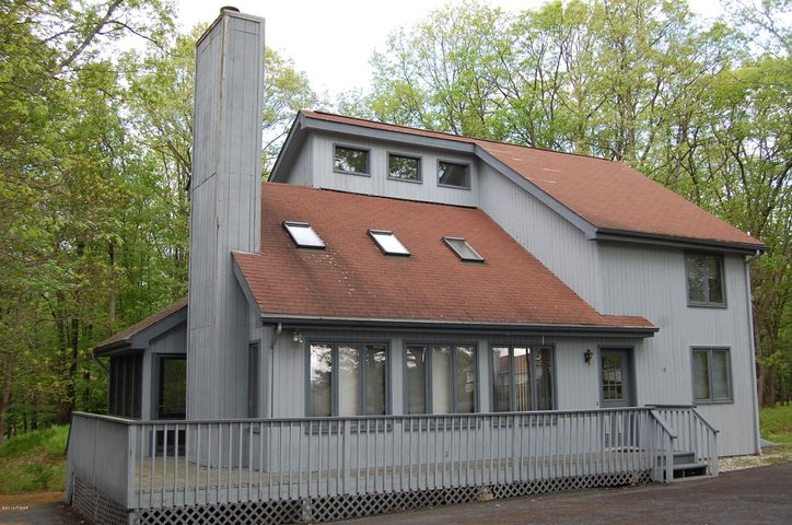 104 Burning Tree Drive, Lords Valley, PA 18428