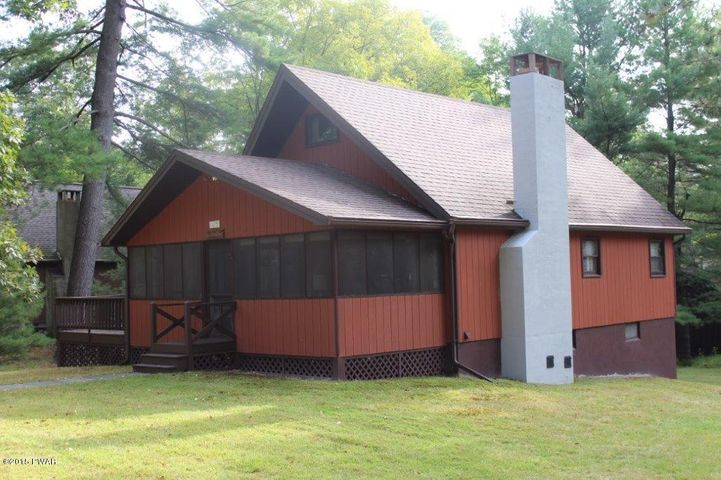 105 Wallenpaupack Rd, Lakeville, PA 18438