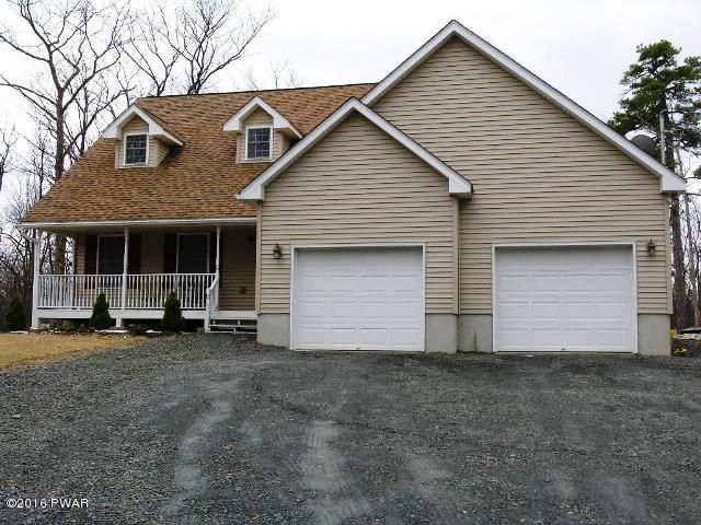215 Maple Ridge Dr, Lords Valley, PA 18428