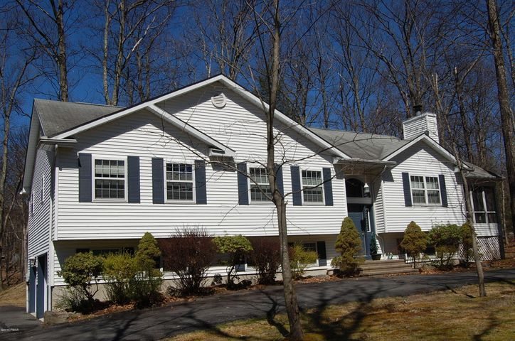 128 Burning Tree Drive, Lords Valley, PA 18428