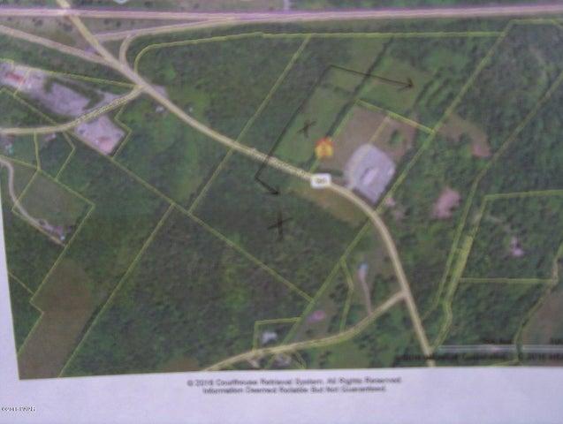 Twin Rocks Rd, Sterling, PA 18463
