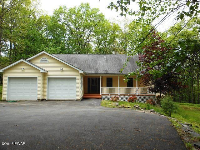 811 Lasso Court N, Lords Valley, PA 18428
