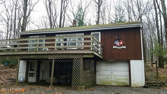 611 Forest Dr, Lords Valley, PA 18428