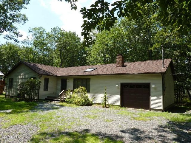 140 Pommel Dr, Lords Valley, PA 18428