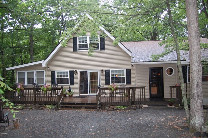 124 Fetlock Drive, Lords Valley, PA 18428
