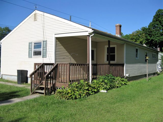 101 10Th St, Matamoras, PA 18336