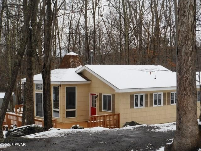 115 Bayberry Dr, Lords Valley, PA 18428
